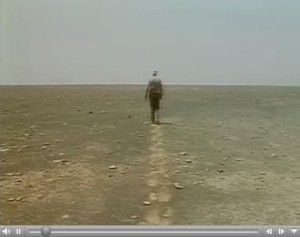 Filmstill aus Philipp Haas, Richard Long in der Sahara, 1992
